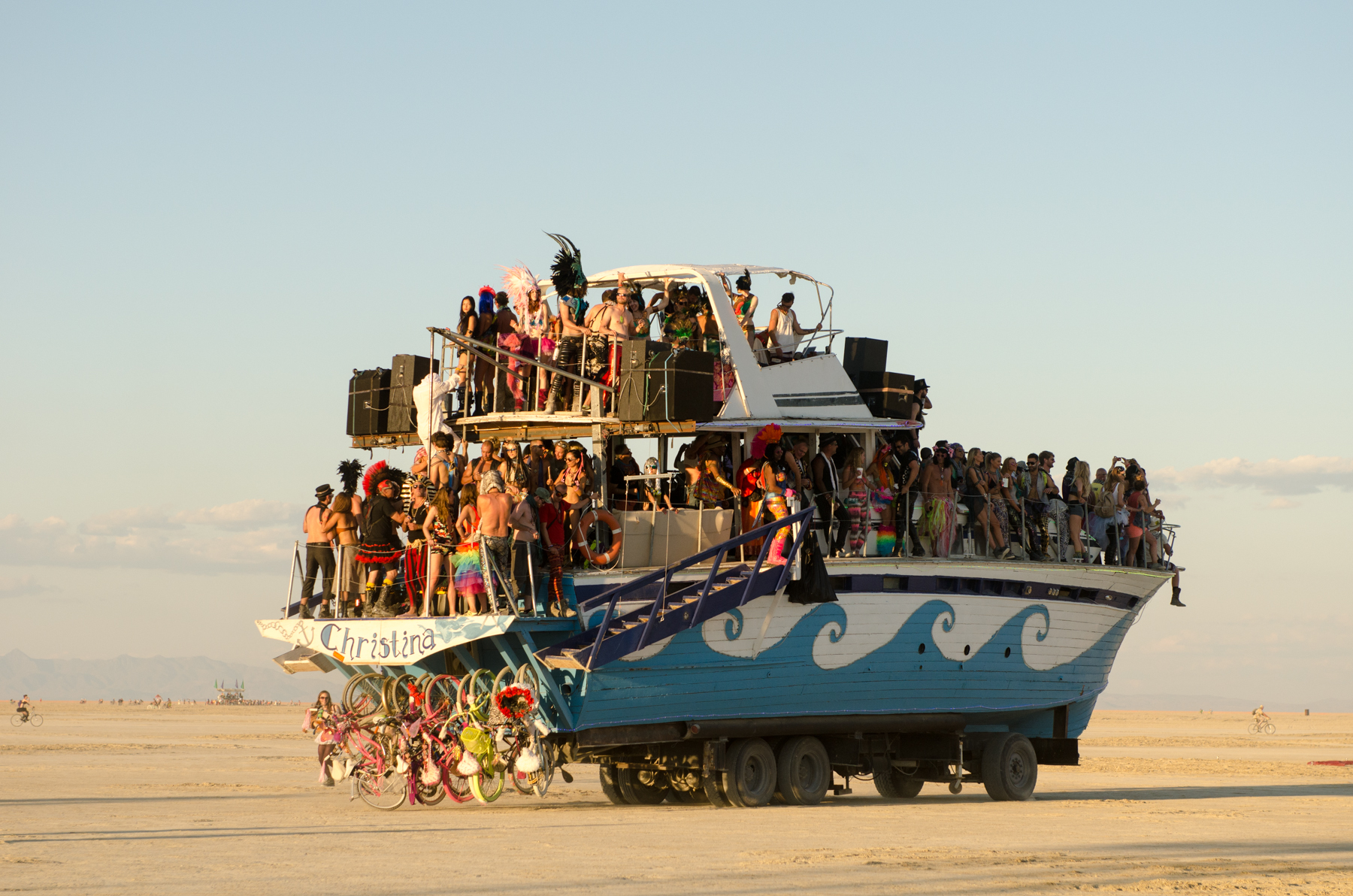 One of the many astoundingly awesome art cars that criss cross the Playa all day and all night.